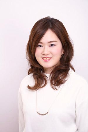 小澤 友梨