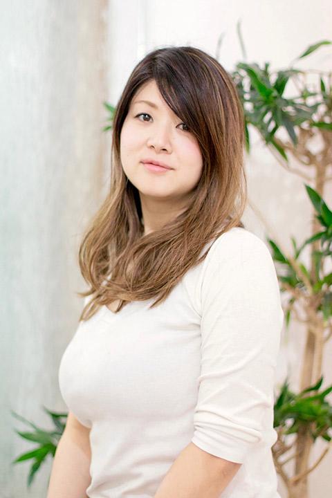 吉岡 亜希奈