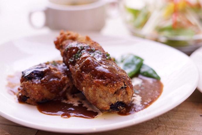 duocafe ナスとひき肉のはさみ揚げ デミグラスソース